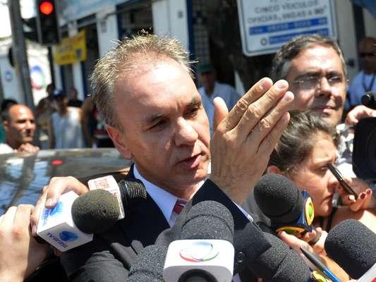 10 de fevereiro - Advogado diz ter informado a polícia sobre nome de suspeito pela morte de cinegrafista