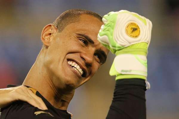 O Botafogo está na final do Campeonato Carioca! O time bateu o Fluminense por 2 a 1 e depois garantiu a vaga nos pênaltis