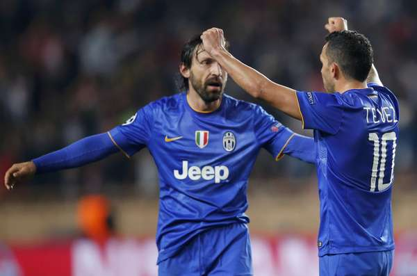 A Juventus não teve gol para comemorar, mas o empate por 0 a 0 com o Monaco gerou a festa de comemoração, já que o time avançou para a semifinal da Liga dos Campeões