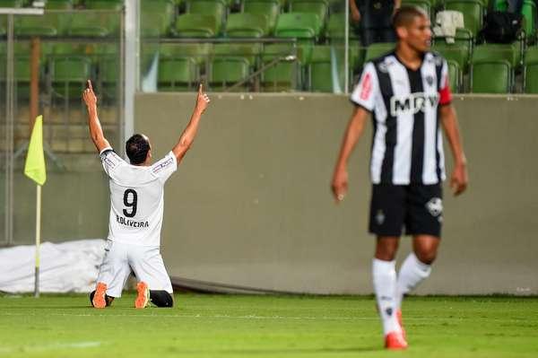 Ricardo Oliveira mostrou velocidade para um atleta da sua idade