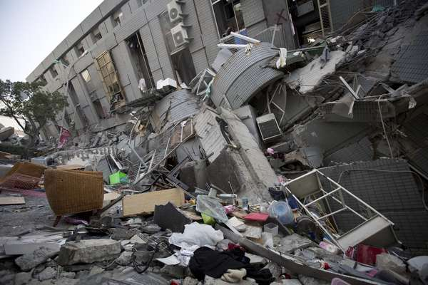 Terremoto atinge Taiwan e causa mortes e destruição