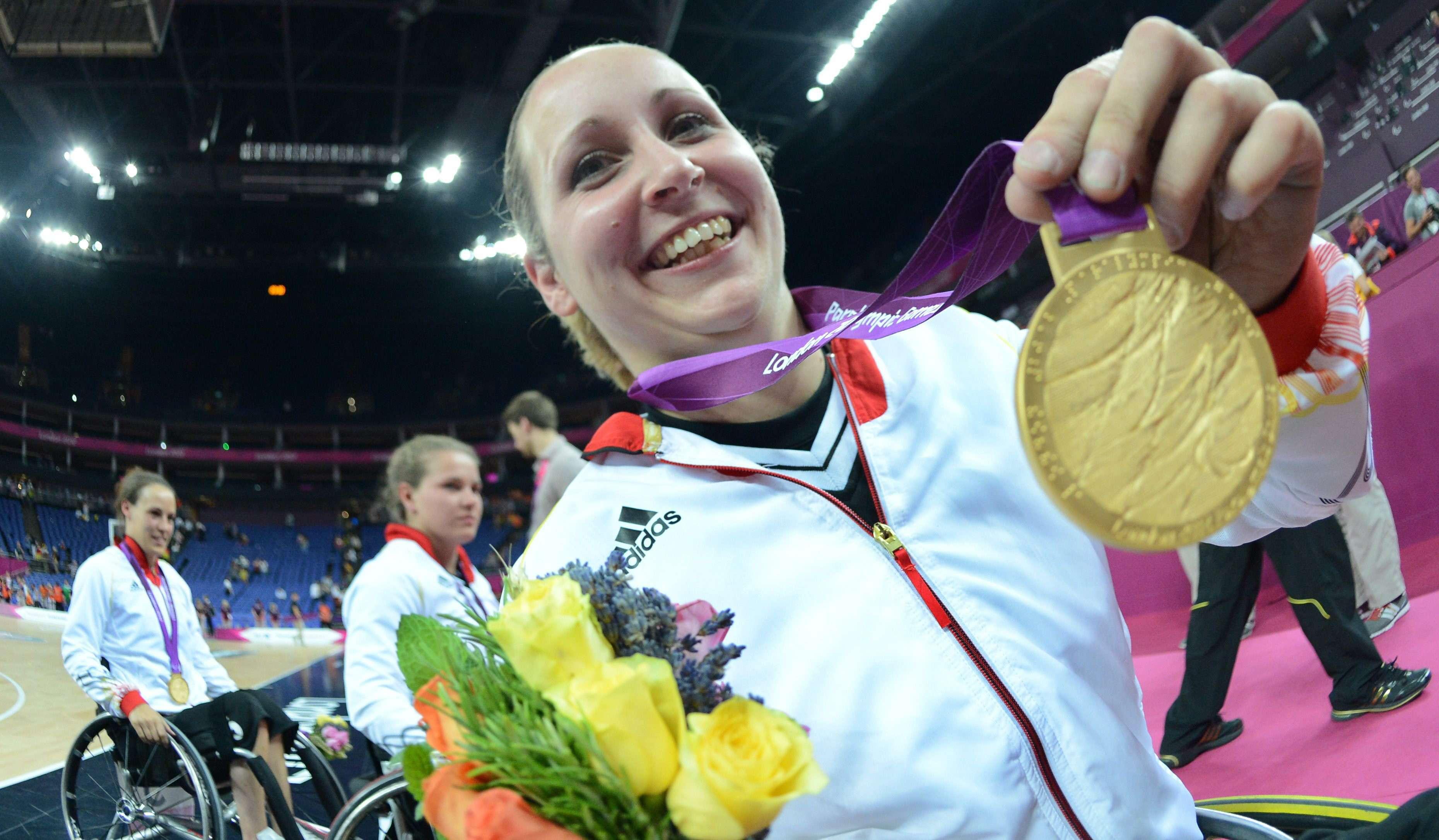 Alemanas celebran el oro en el básquetbol en silla de ruedas