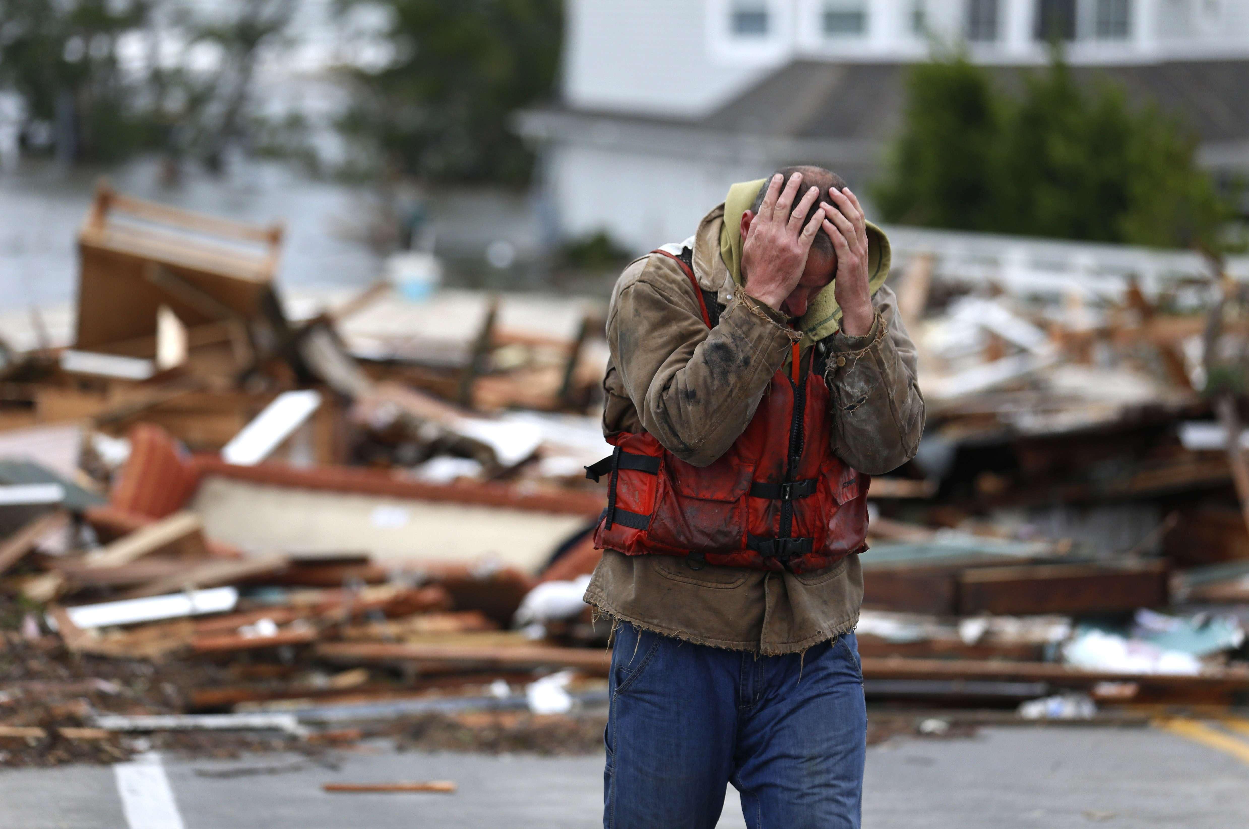 Obama visita Nueva Jersey, la 'zona cero' de 'Sandy'