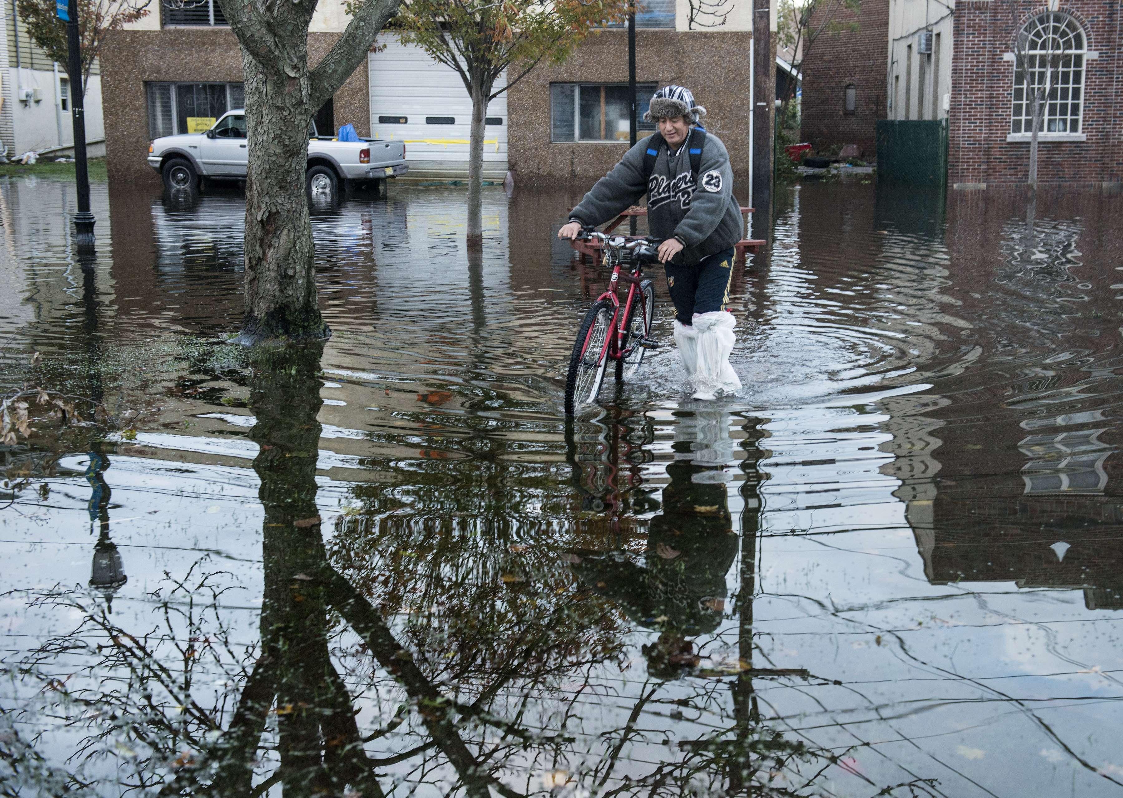 Después de 'Sandy', afectados buscan volver a la normalidad