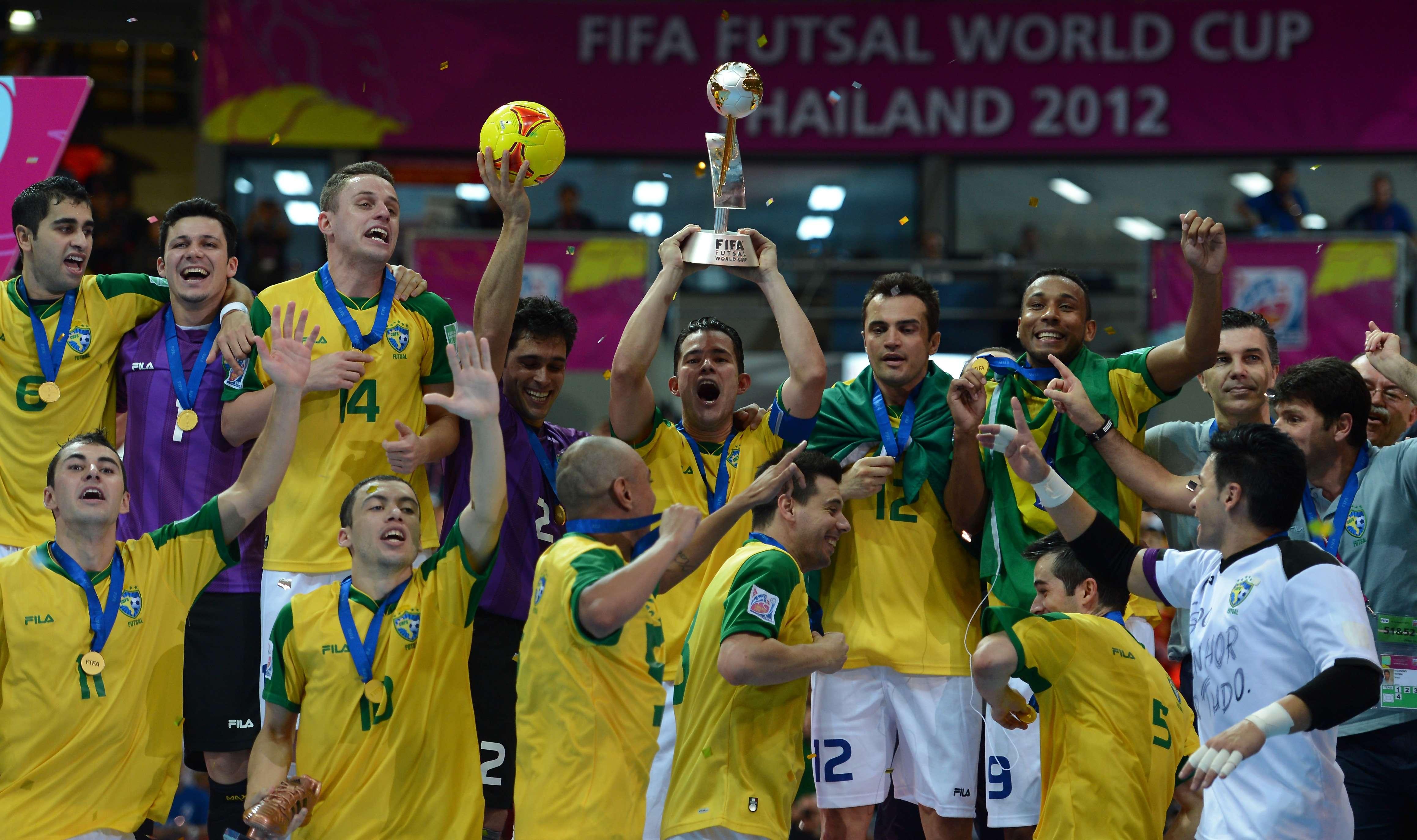 Com gol heroico na prorrogação, Brasil vence Espanha e é...