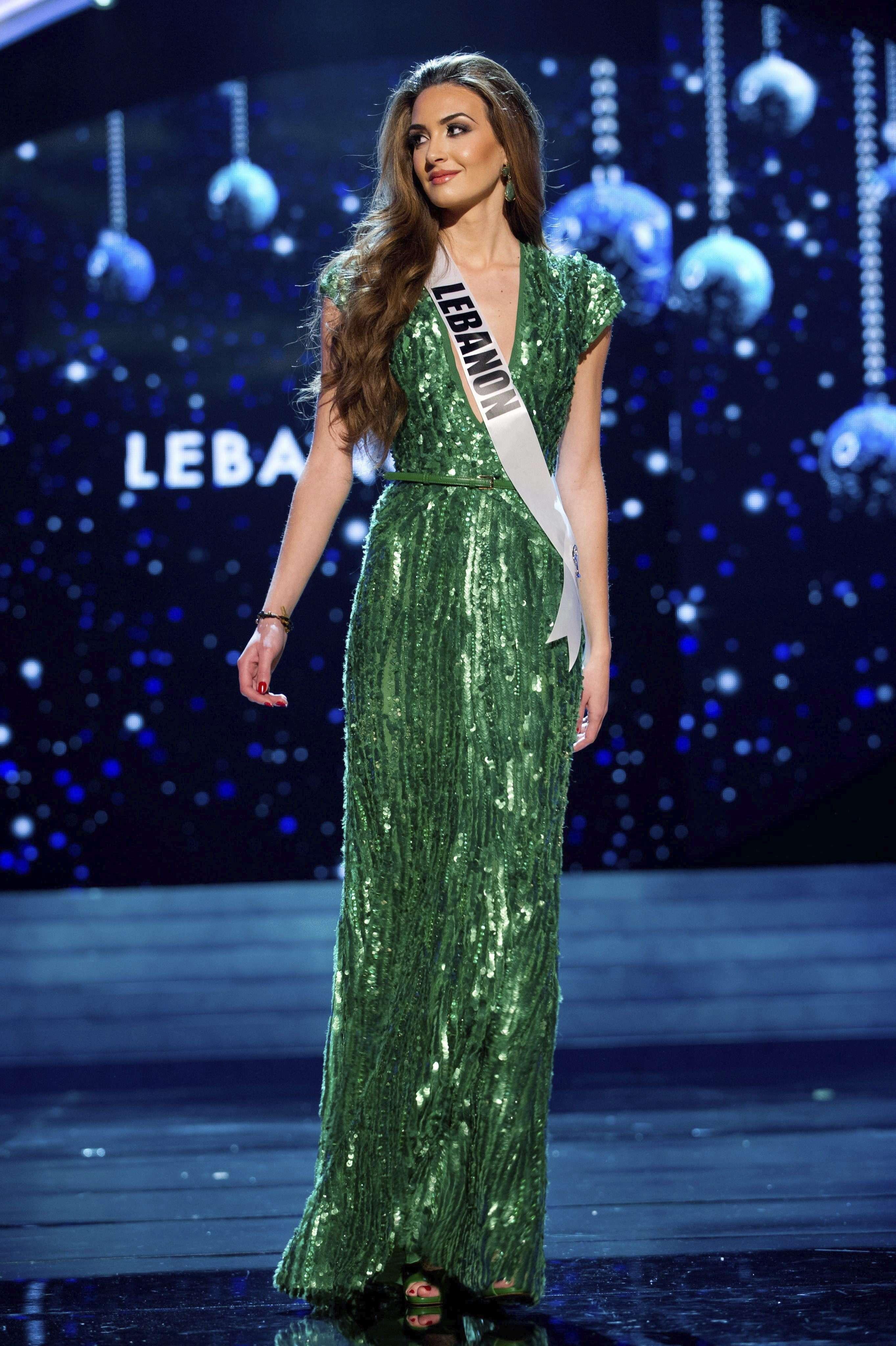 Candidatas do Miss Universo fazem ensaio de roupa de gala