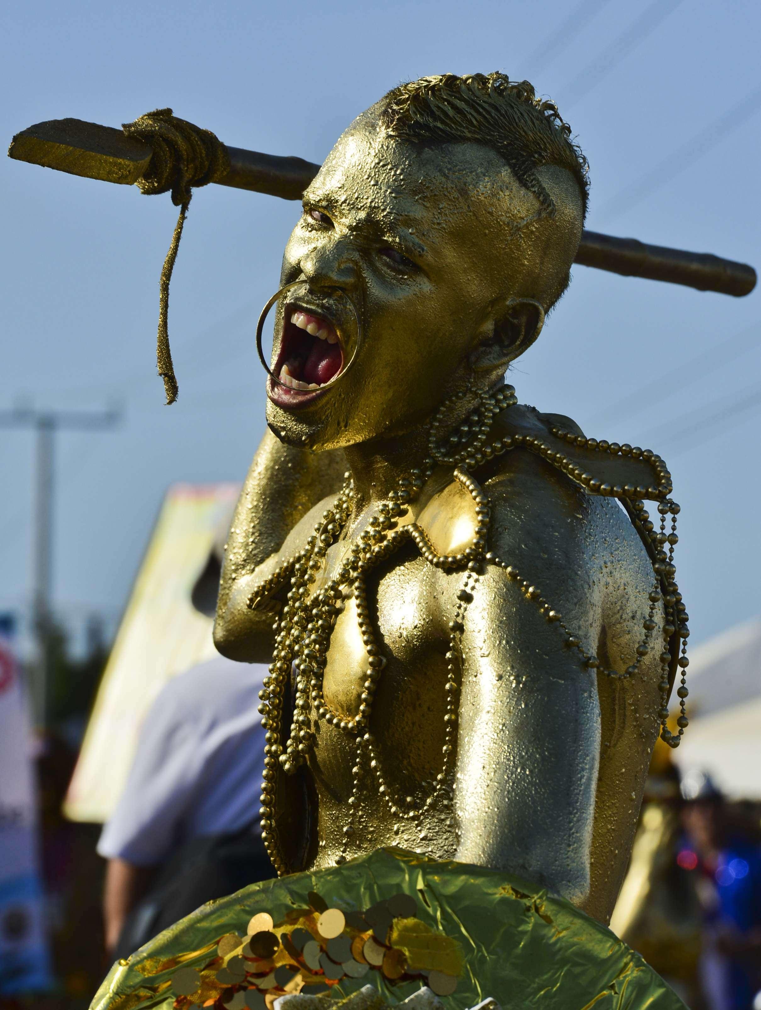 Carnaval regala gran fiesta a Barranquilla por Bicentenario
