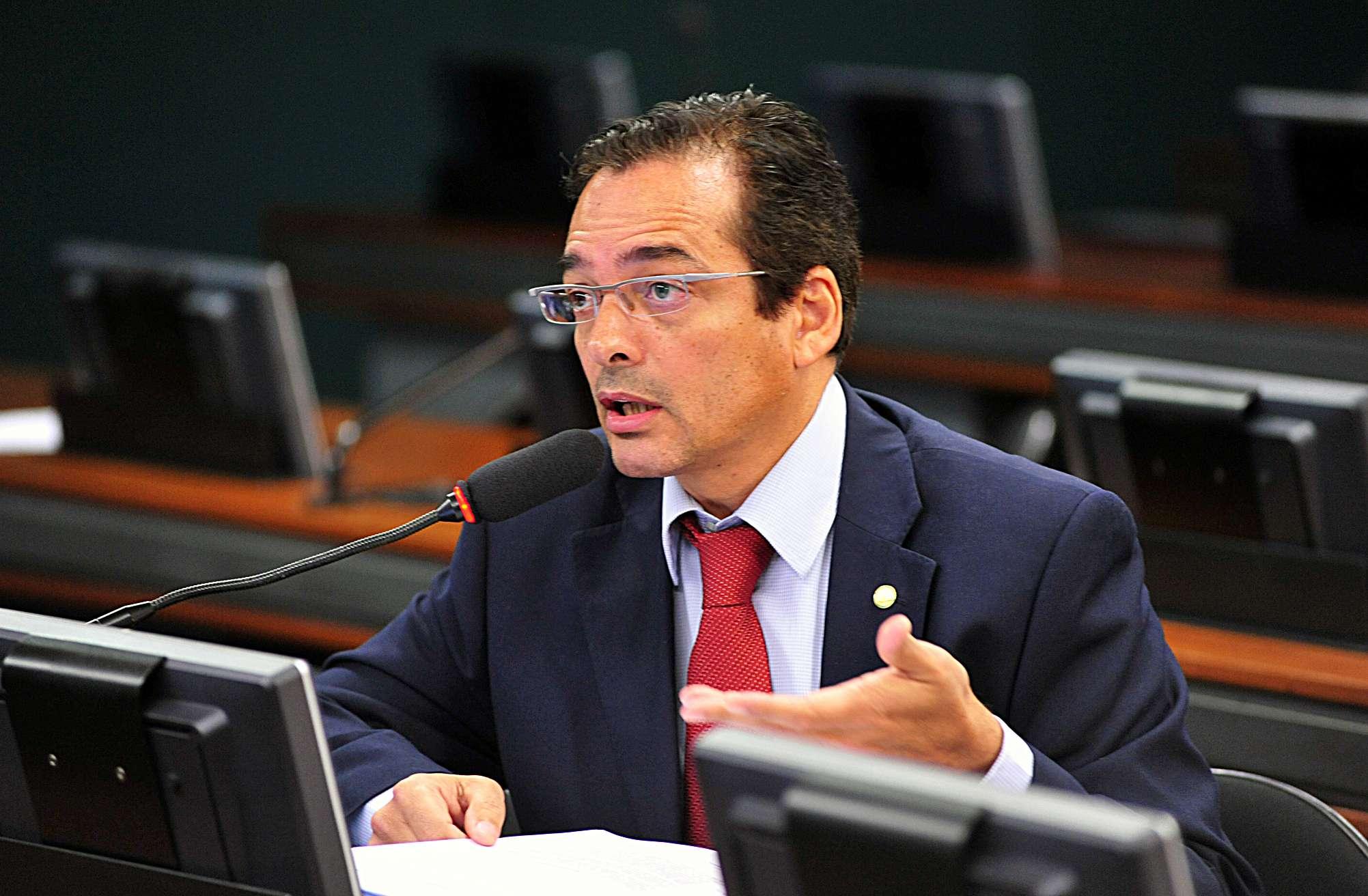 Deputado Delegado Protógenes (PCdoB-SP) defende identificação para postagens em redes sociais e blogs Foto: Alexandra Martins/Agência Câmara