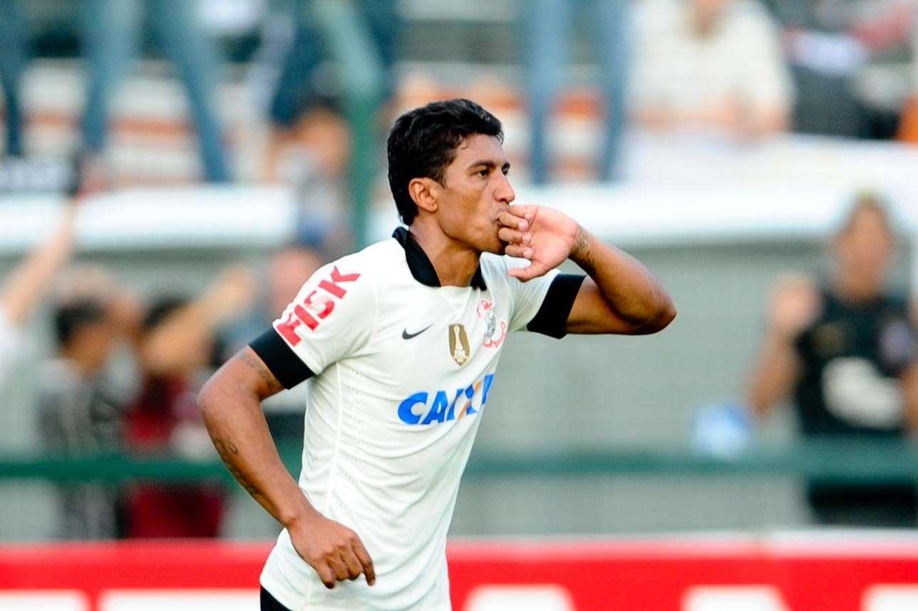 4 - Paulinho (Corinthians) - R$ 47,9 milhões Foto: Djalma Vassão/Gazeta Press