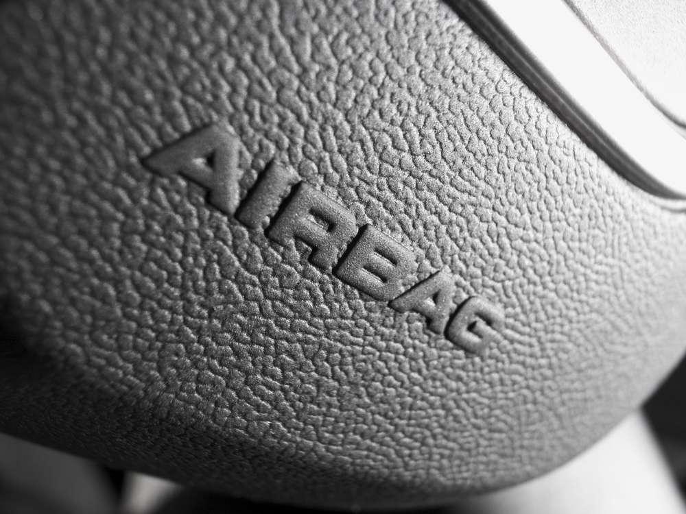 Todos os carros novos a partir de 2014 deverão ter airbag e ABS Foto: Shutterstock