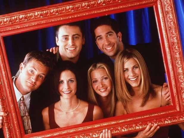 A casi diez años de haber concluido, Friends continúa siendo una de las sitcoms referentes de la cultura popular gracias a su transmisión diaria en la televisión por cable.Las vidas de Rachel, Ross, Monica, Chandler, Phoebe y Joey son ampliamente conocidas y aquí te mostramos qué pasó con sus protagonistas. Foto: Warner Channel