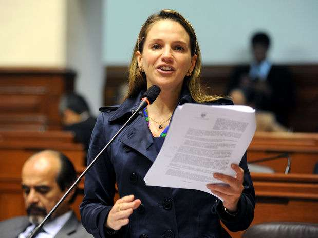 Congresista aprista Luciana León. Foto: Congreso de la República