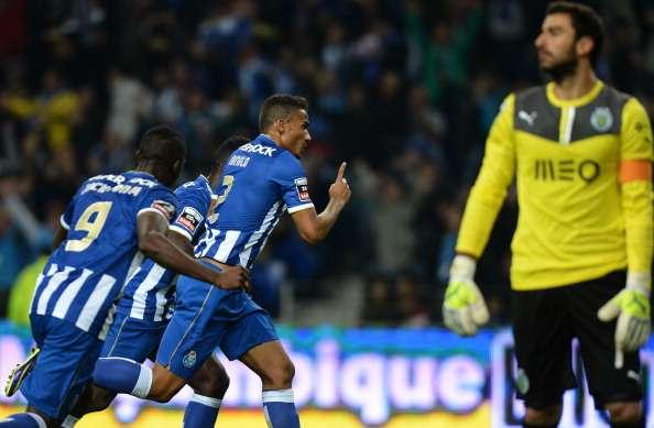 Porto vence 3-1 al Sporting de Lisboa; Héctor Herrera, ...