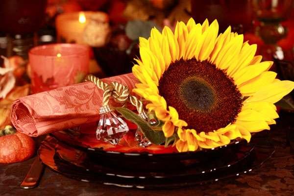 En el Día de Acción de Gracias la decoración no sólo tiene que ver con la comida, puedes hacer con pequeños detalles una celebración llena de sorpresas. Foto: Thinkstockphotos