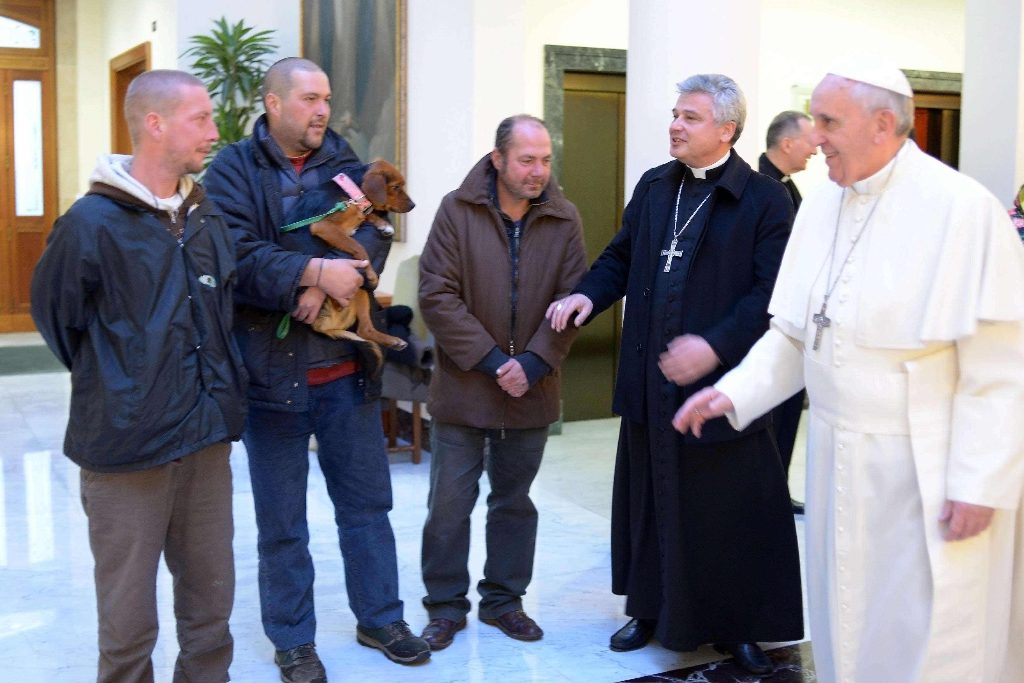 El Papa Francisco cumplió 77 años con un gesto emocionante