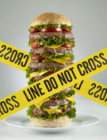 comida sana, pescado, frutas, alimentos Foto: Getty Images