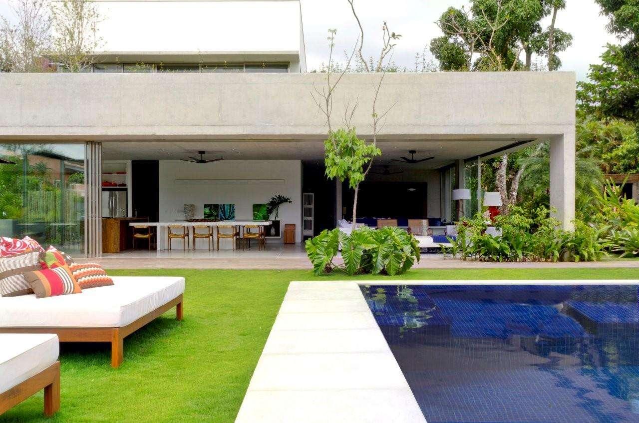 casa de praia em Paraty foi concebida para ser um projeto ao mesmo  #85A12A 1280 847