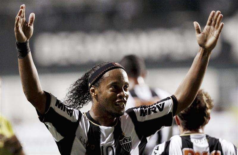 Ronaldinho y Pekerman, elegidos los mejores de América: ...