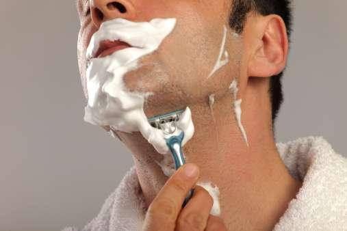 Creme de barbear promete dose extra de cafeína aos homens