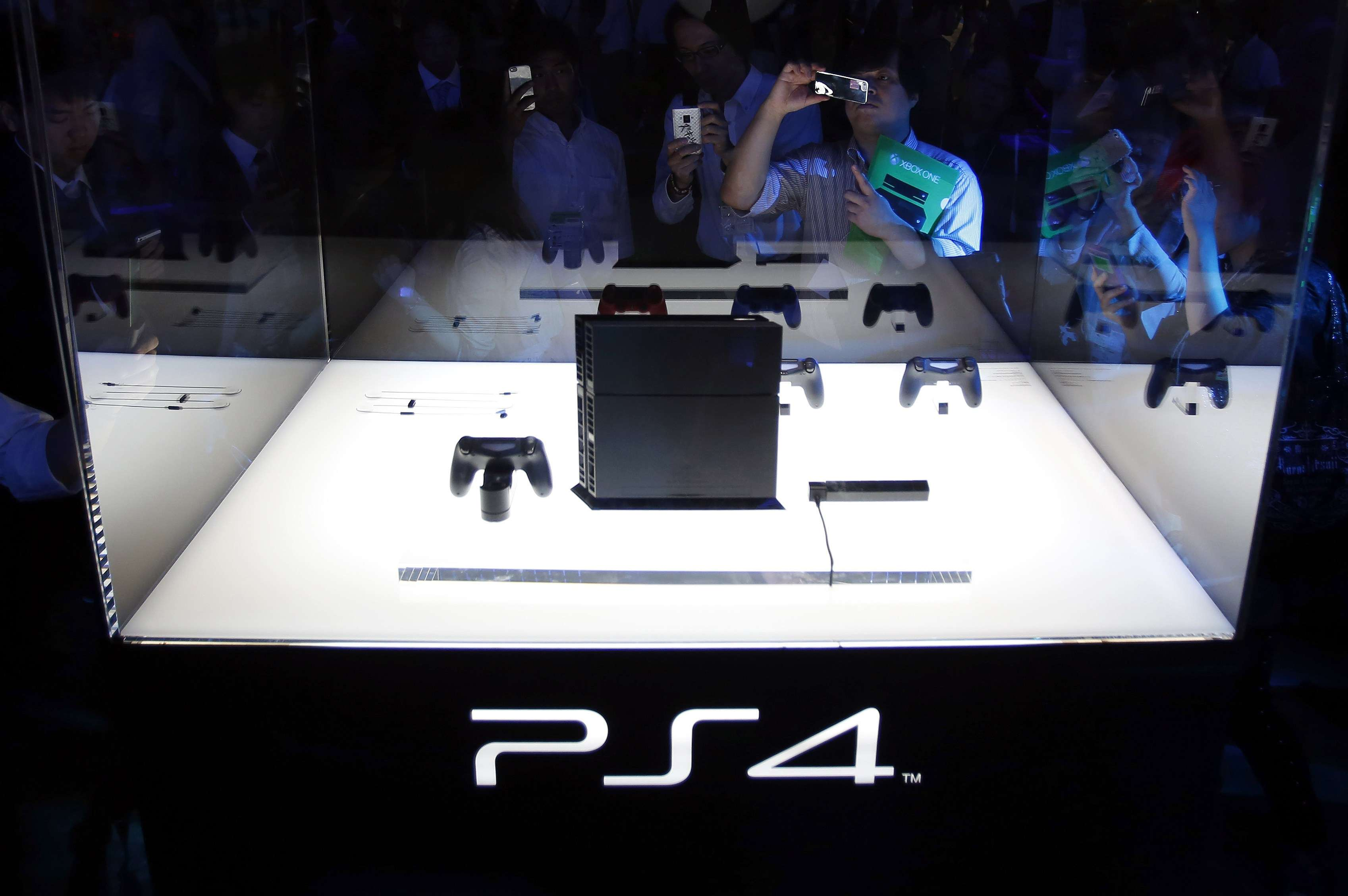 Las ventas de PlayStation 4 duplican a las de PlayStation 3
