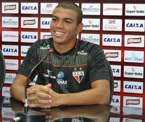 Caramelo espera jogar mais defendendo o Atlético-GO Foto: João Paulo Di Medeiros/MEI João Paulo Bezerra Di Medeiros - Especial para o Terra