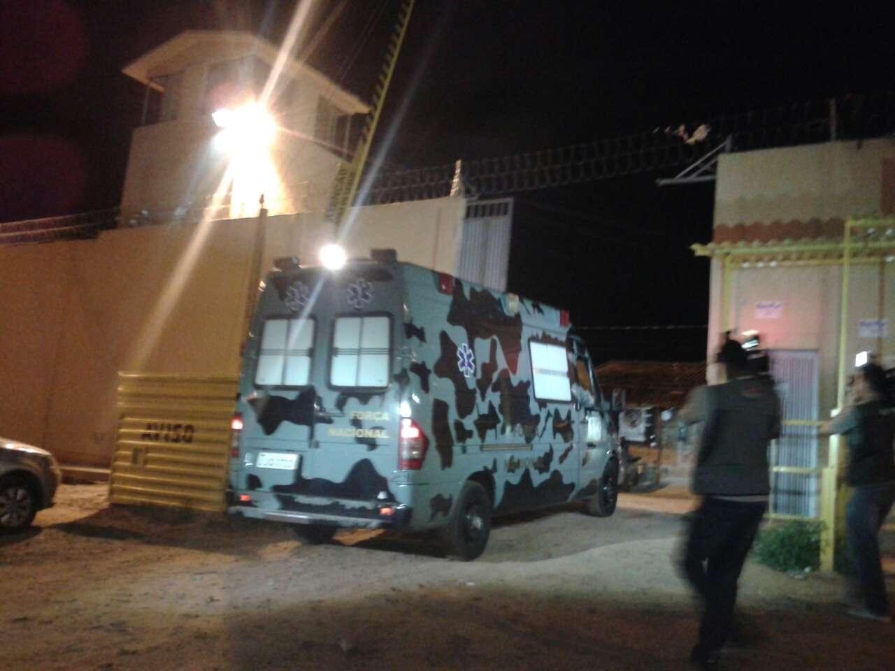 Viatura da Força Nacional entra no complexo penitenciário de Pedrinhas para conter motim de presos Foto: Clodoaldo Corrêa/Especial para Terra