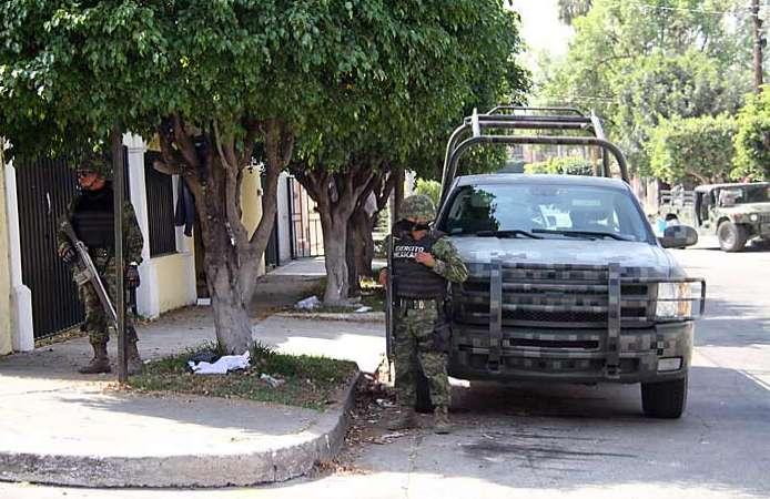 Militares mantienen vigilancia en Zapopan
