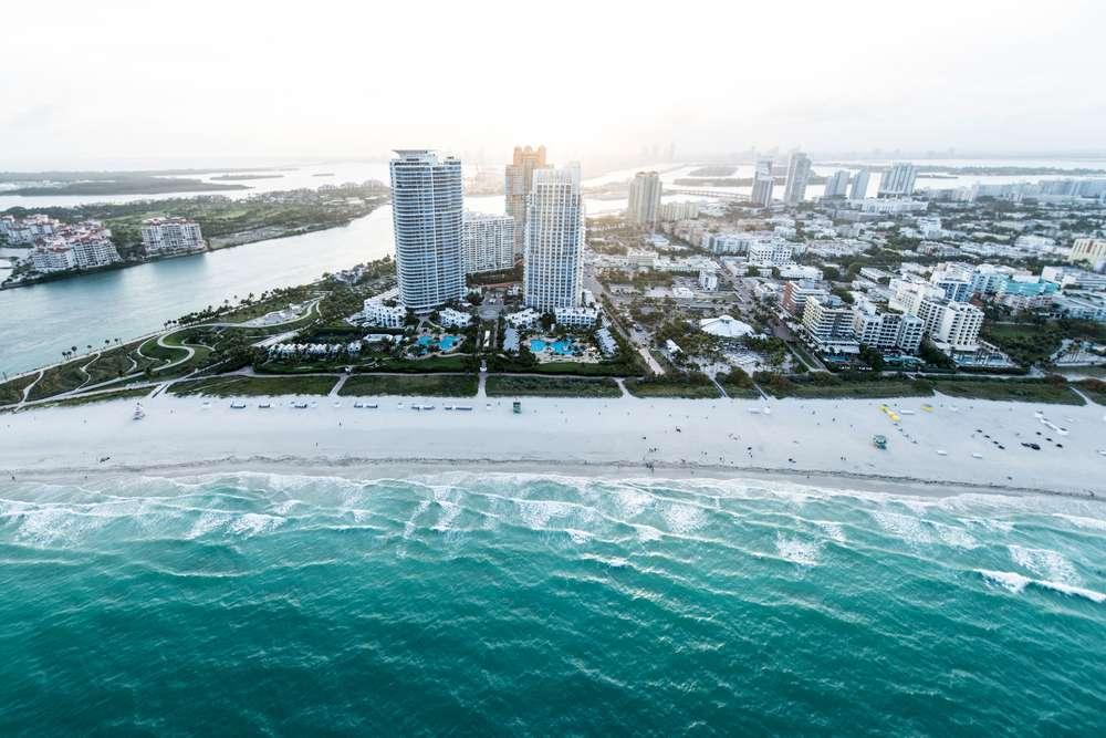 Miami, que faz parte do Triangulo das Bermudas, é uma parada obrigatória para curtir praia e um dia de compras Foto: Shutterstock