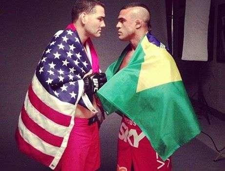 Belfort vai enfrentar Weidman em maio Foto: Facebook/Reprodução