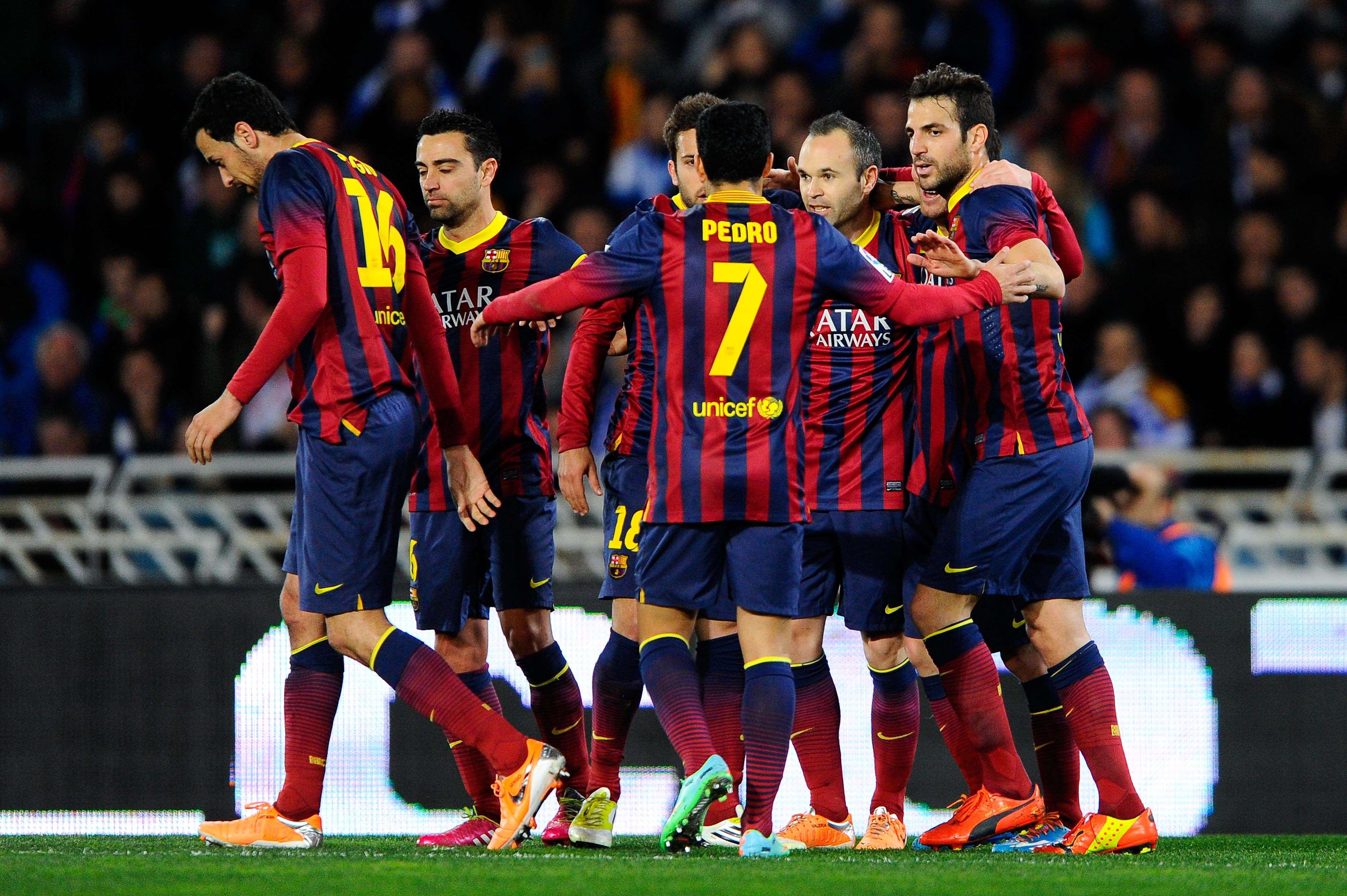 El Barça sobrevive a Anoeta y se cita con el Real Madrid