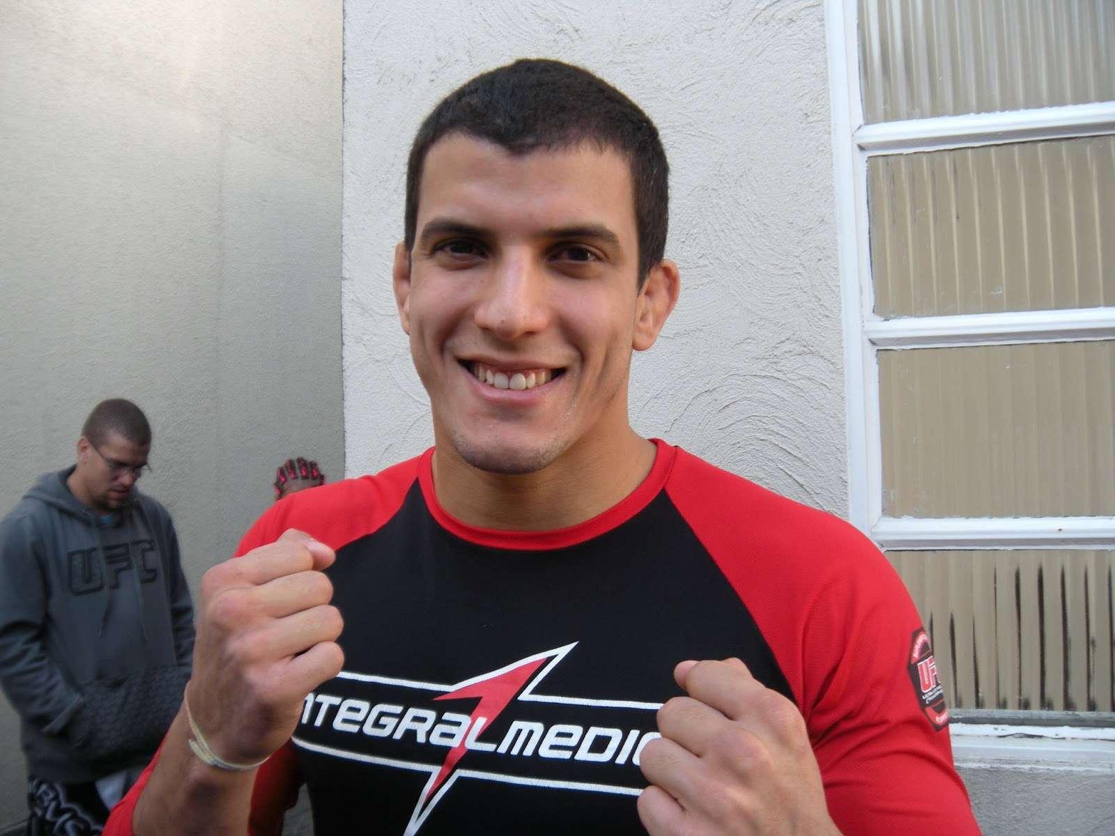 Sertanejo critica falta de investimentos no MMA nacional