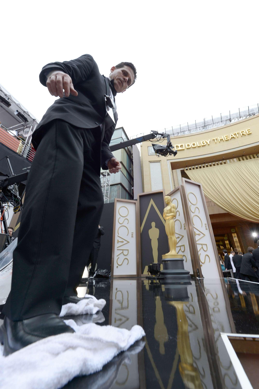 Oscar 2014: organizadores lutam contra chuva em Los Angeles