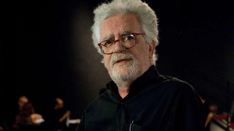 Cineasta brasileiro Eduardo Coutinho é homenageado no Oscar