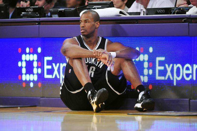 Brooklyn Nets center Jason Collins (46) waits to enter the game against the Los Angeles Lakers during the second half at Staples Center. Mandatory Credit: Gary A. Vasquez-USA TODAY Sports. Foto: Reuters