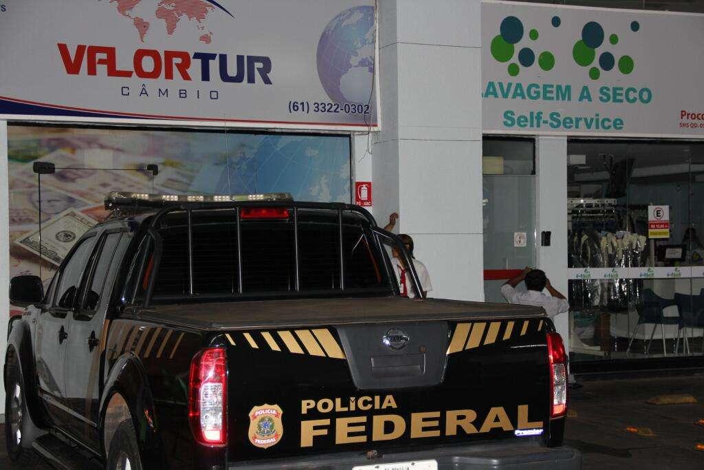 """""""Lava Jato"""" refere-se ao uso de uma rede de lavanderias e postos de combustíveis para movimentar os valores oriundos de práticas criminosas Foto: Polícia Federal/Divulgação"""