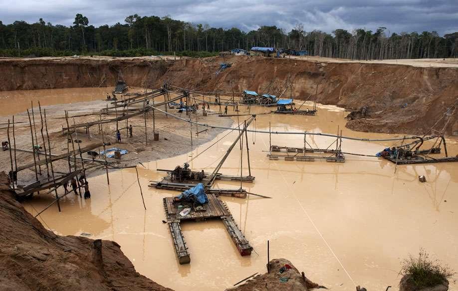 Minería ilegal en Madre de Dios Foto: Actualidad Ambiental