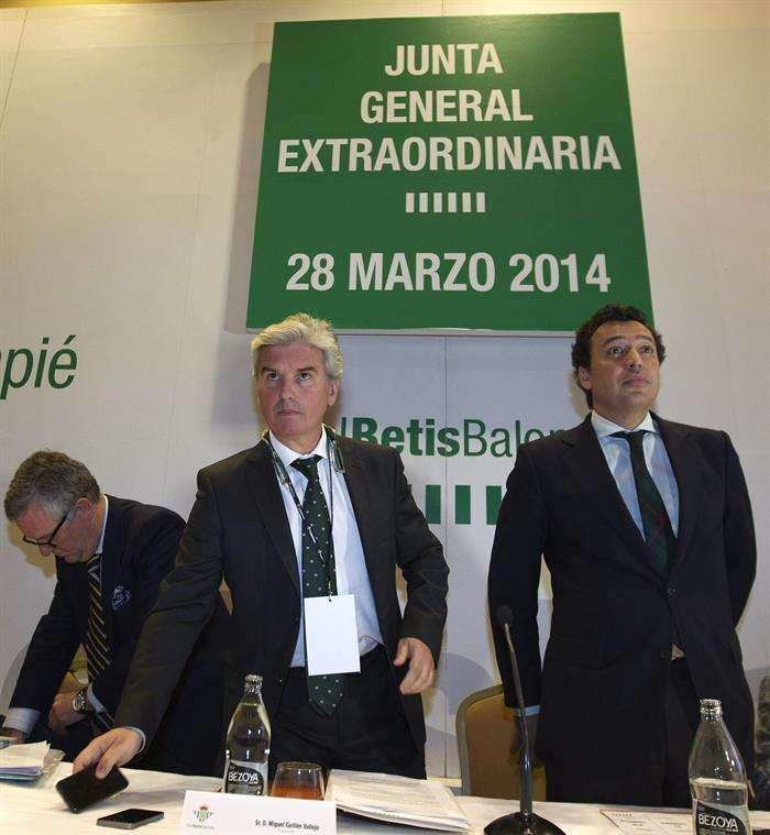 Miguel Guillén dimite como presidente del Betis