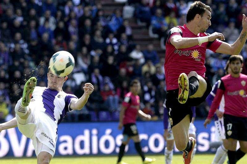 Manucho, héroe del Valladolid ante el Almería (1-0)