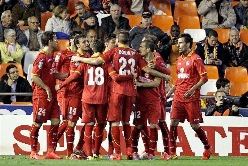 El Getafe resurge y rompe el sueño europeo del Valencia: 1-3