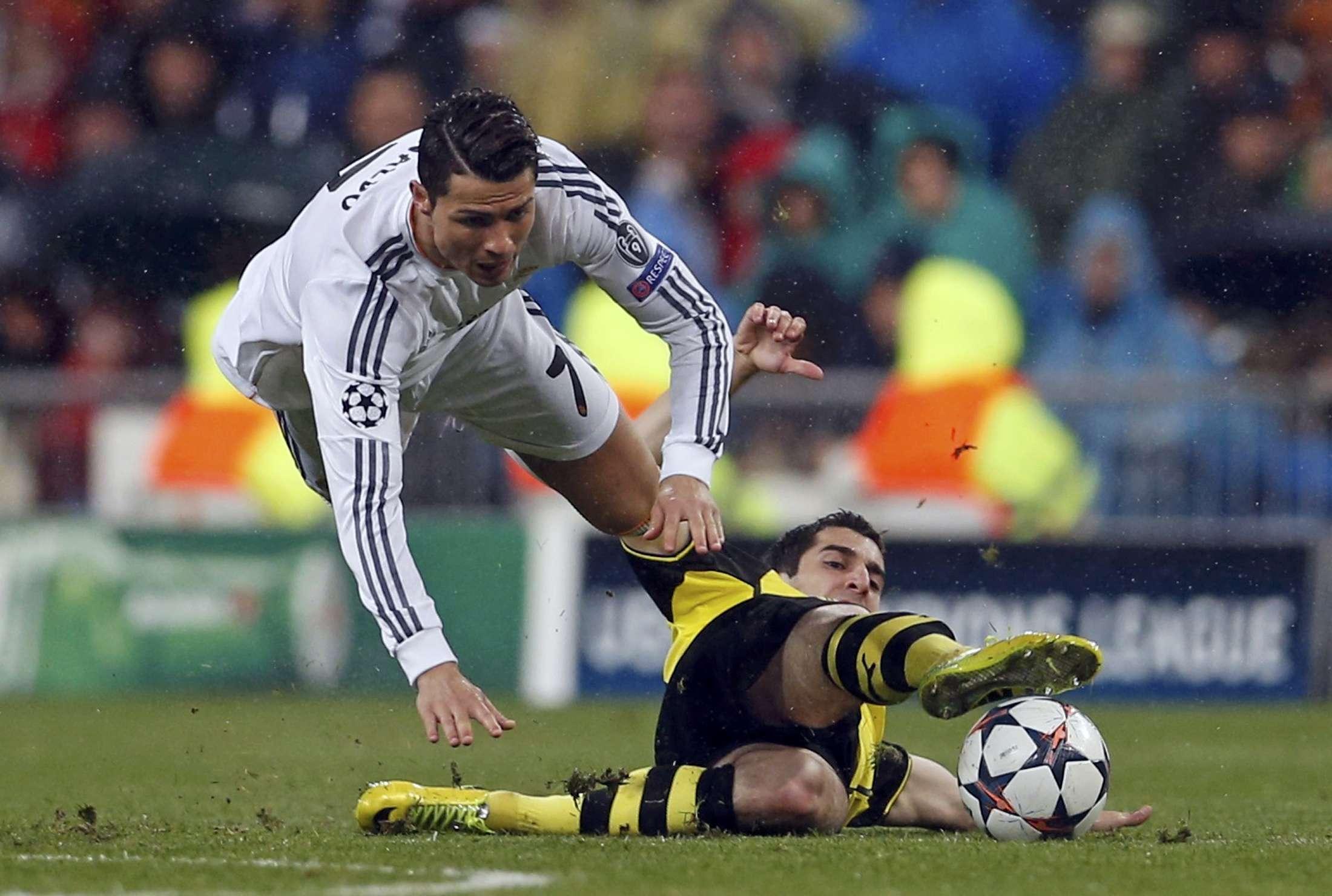 Lesão deve tirar Cristiano Ronaldo de final contra Barça