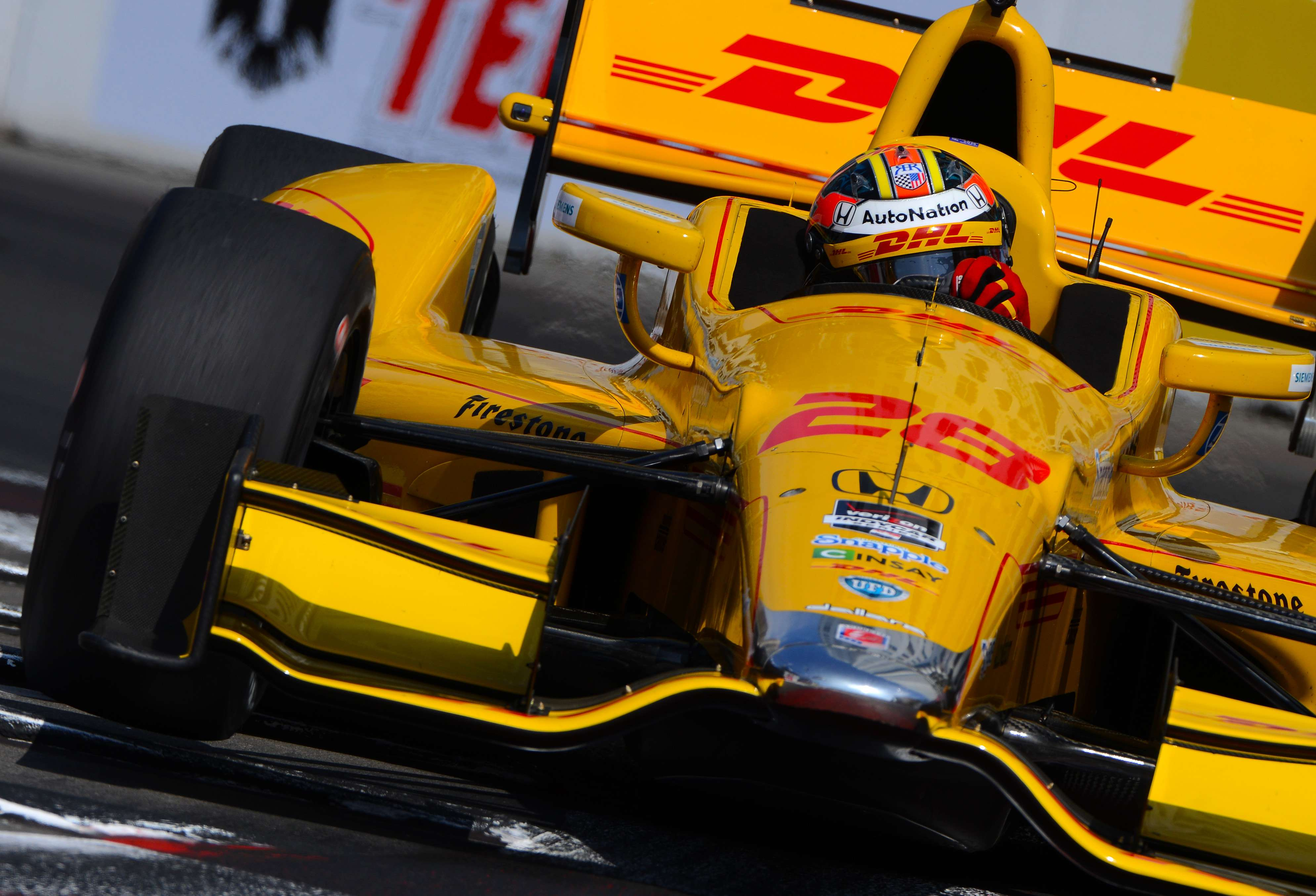 Hunter-Reay é pole em Long Beach; Castroneves larga em 9º