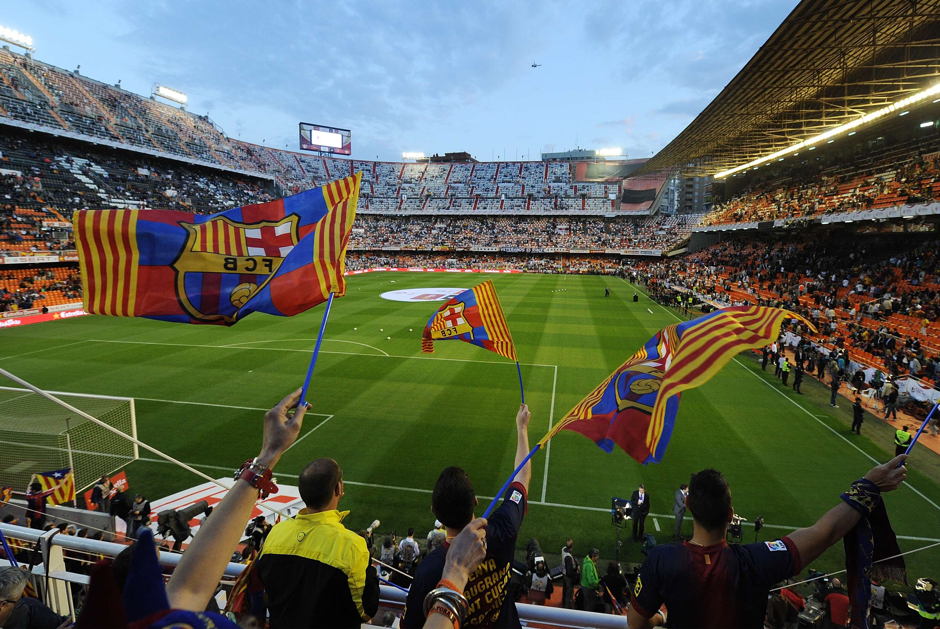 Aficionados del Barcelona durante la final de la Copa del Rey ante el Real Madrid Foto: Getty Images