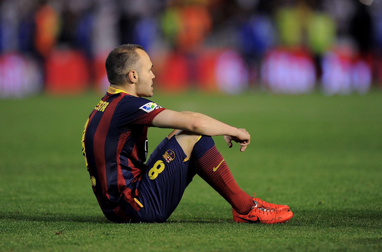 Tras derrota, Barcelona apunta a un recambio generacional