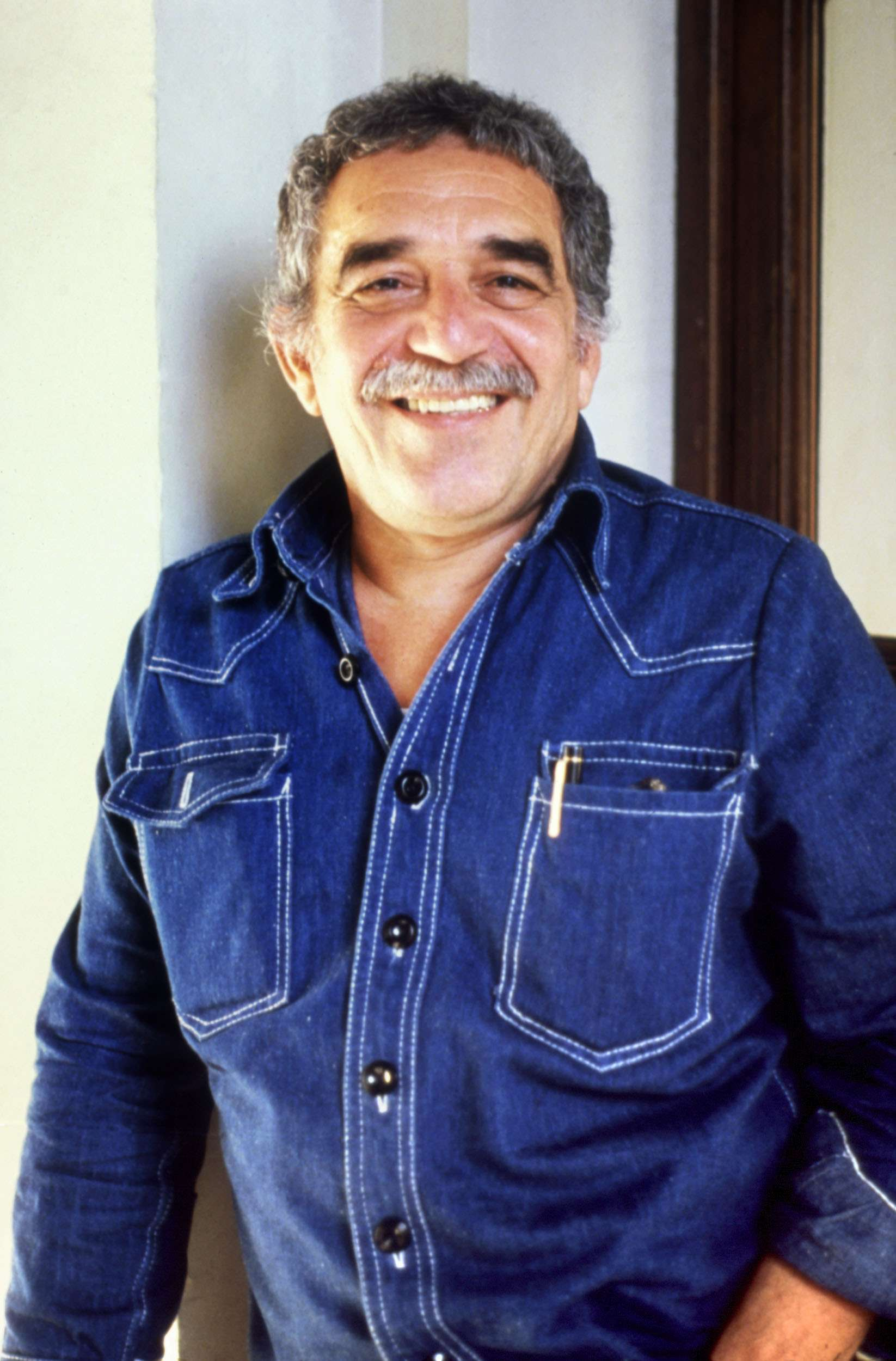 Colombian Author Gabriel García Márquez Dies in Mexico