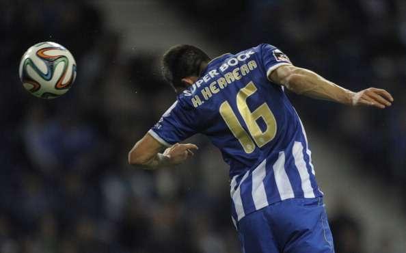 Héctor Herrera anota en triunfo del Porto sobre Rio Ave
