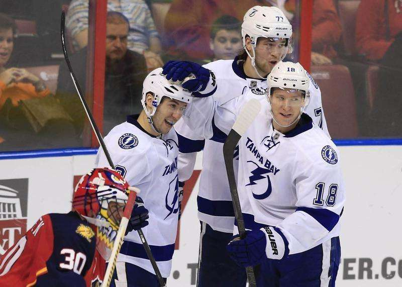 Lightning pair, Avs' MacKinnon finalists for top rookie