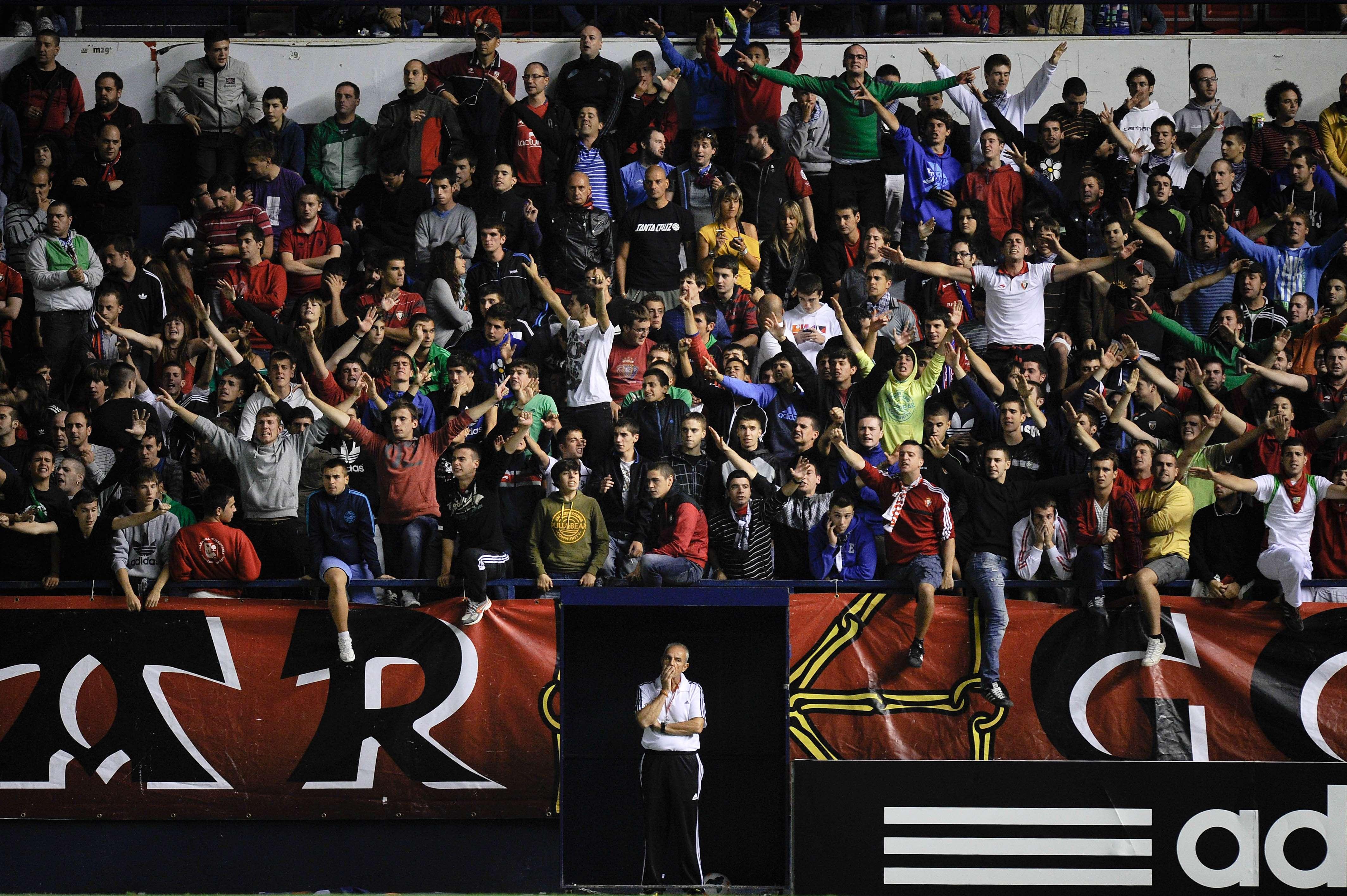 Pelea entre aficionados antes del Real Madrid - Osasuna