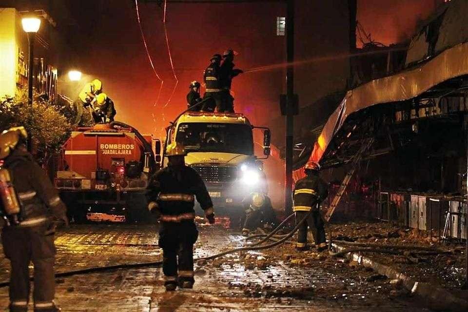 Incendio consume gran parte del Mercado Corona