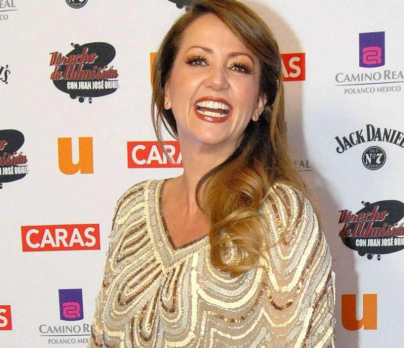 "Andrea Legarreta participará en ""Los Monólogos de la Vagina"" Foto: Mezcalent"