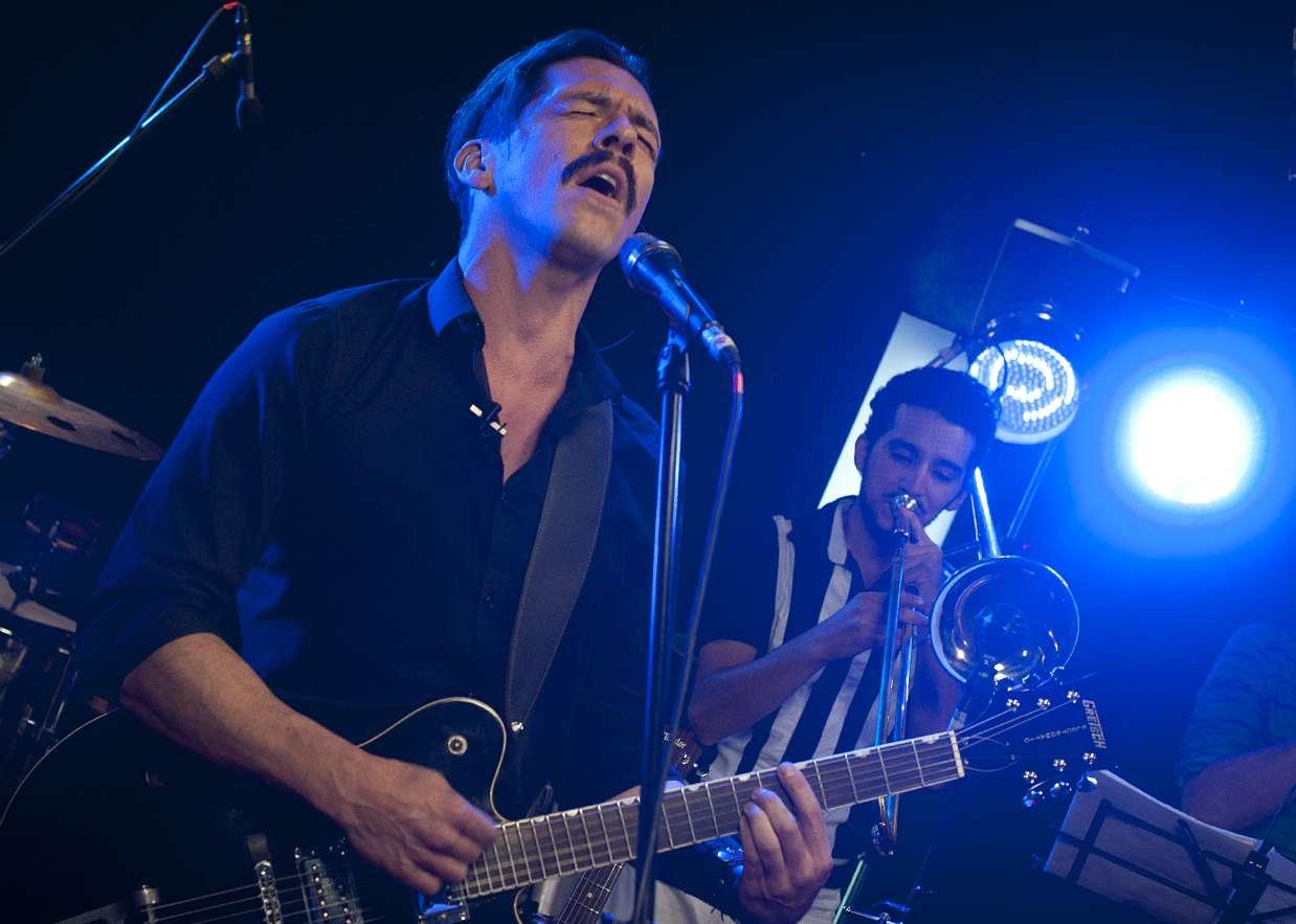 La banda liderada por Nicolás Torres se presentó este martes en el Terra Live Music. Foto: Sergio Piña
